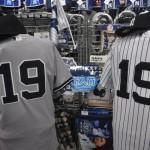 ヤンキース 田中将大投手のTシャツ&オーセンティックユニフォームが入荷しました!