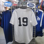 MLBヤンキース 田中選手、イチロー選手のレプリカユニフォームが入荷してきました☆