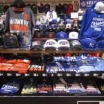 2014 World Series カンザスシティ・ロイヤルズ記念キャップ 新入荷!!!大阪店にWSジャイアンツ、ロイヤルズグッズコーナー作りました!