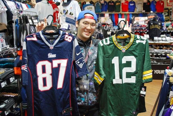 NFL商品が大量入荷!!大阪でアメフトグッズはアメ村にあるセレクションでしか買えないよ!!