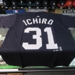 MLB ヤンキース イチロー選手のプレイヤーTシャツ再入荷! これがラストチャンスかもしれませんのでお見逃しなく!