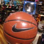 黒子バスケ、ウインターカップ編で使用しているのはNIKE製ボール!!あれ?アニメ版は???