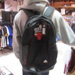 NBAオフィシャルブランドadidasから便利なチームロゴがデザインされたバックパックが登場!