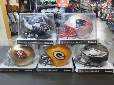大人気!NFL Mini Replica ヘルメットが再入荷(╹◡╹)