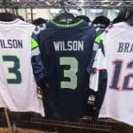 NFL レプリカユニフォーム!!ラッセル・ウィルソン、ブレイディ選手の新色も!!!