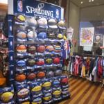NBA公式スポルディングボールが大量入荷!!S・カリーモデルも入荷中!!
