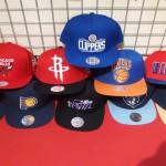 スタッフおすすめ!Mitchell & Ness(ミッチェル&ネス)NBAチームのキャップをご紹介します!!ブルズやニックス、クリッパーズなど盛りだくさんです!