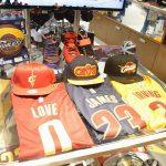 NBAファイナルがついに決着!!チャンピオンチーム、キャブスの関連グッズたくさんあります!!