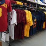 お待たせしました!NBA ファイナル進出2チームのナンバーTシャツが再入荷しました!!カリー選手、レブロン選手はもちろん、アービング選手やトンプソン選手まで盛りだくさんです!!