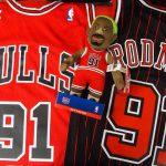 NBA 昨年の今頃来日していた大スター選手、デニス・ロッドマン氏のグッズをご紹介いたします!!見た目もカラフルなロドマン氏のアイテムは思わず欲しくなるものばかりです!!