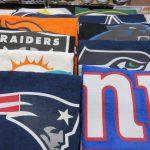 NFLのタオルが3種類入荷しました~!スポーツや持ち運びに便利なチームロゴタオル、海に行く方必見のビーチタオルもありますよ!!!