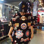 大人気☆話題のMLBチームロゴTシャツ!流行りのビックシルエットで大好評につき完売寸前です!早い者勝ちです!