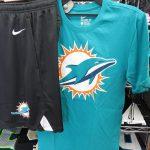NFL あつーい夏!つい外に出たくなってしまうオススメのコーディネートをご紹介します!!チームロゴとチームカラーで全身派手に決めちゃいましょう!!!