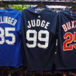 MLB グッズの定番品!! プレイヤーナンバーTシャツ新入荷選手続出!!!今なら店頭限定2枚セットでさらにお得♪♪