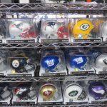 NFL開幕に向けて準備は出来ていますか?今年からデビュー!という方にもオススメの定番商品たくさんあります!!