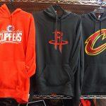 NBA これからの季節大活躍間違い無しのチームロゴパーカーが入荷!!ウルブズの新ロゴも登場~~~